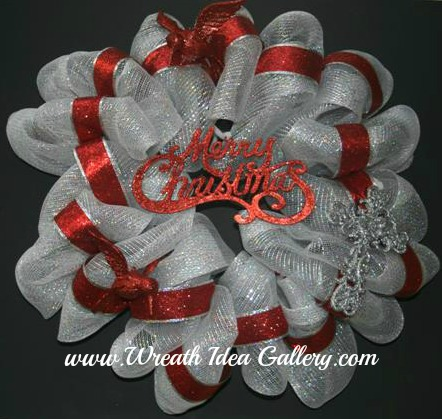 merry christmas deco mesh wreath quick and easy