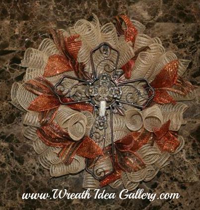 Fall Deco Mesh Cross Wreath #www.wreathideagallery.com