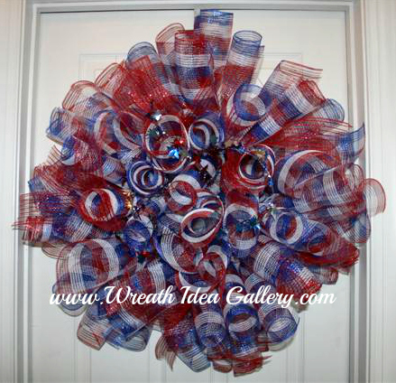 Patriotice #deco mesh tube wreath www.wreathideagallery.com